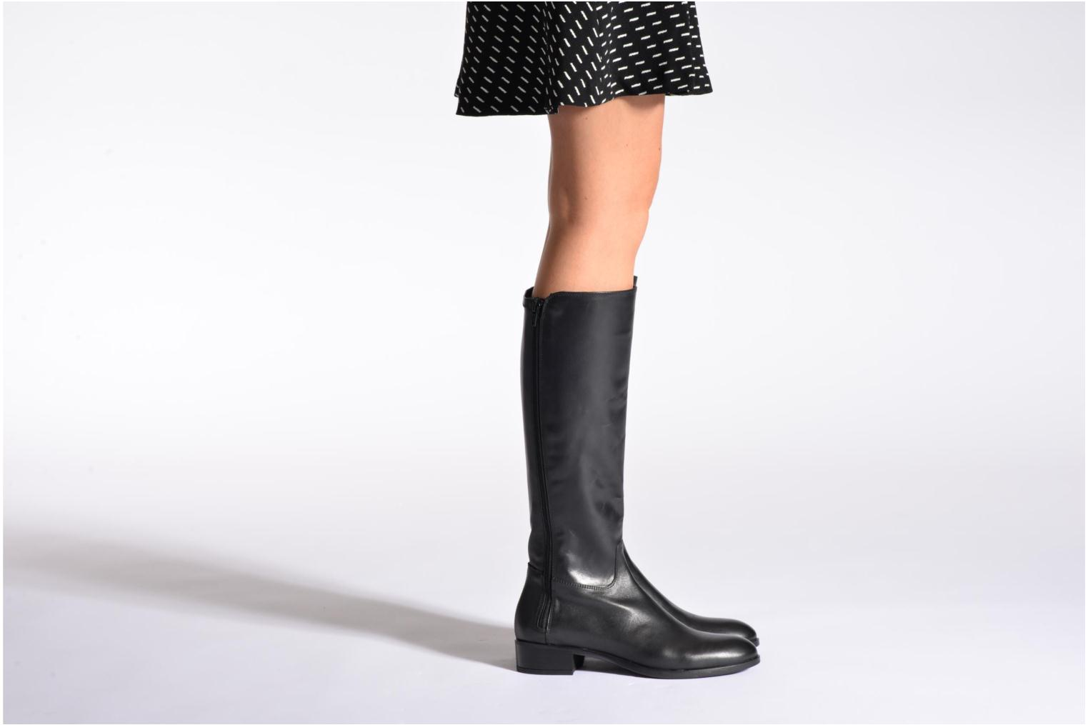 Boots & wellies Unisa Damian Black view from underneath / model view