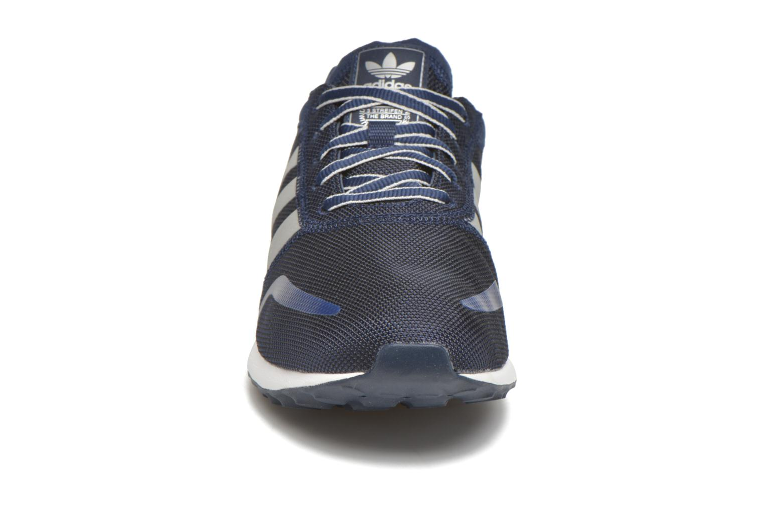 Sneakers Adidas Originals Los Angeles Blauw model