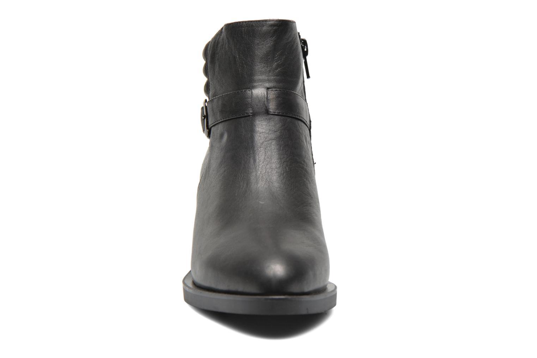 Bottines et boots Shoe the bear Scarlet Noir vue portées chaussures