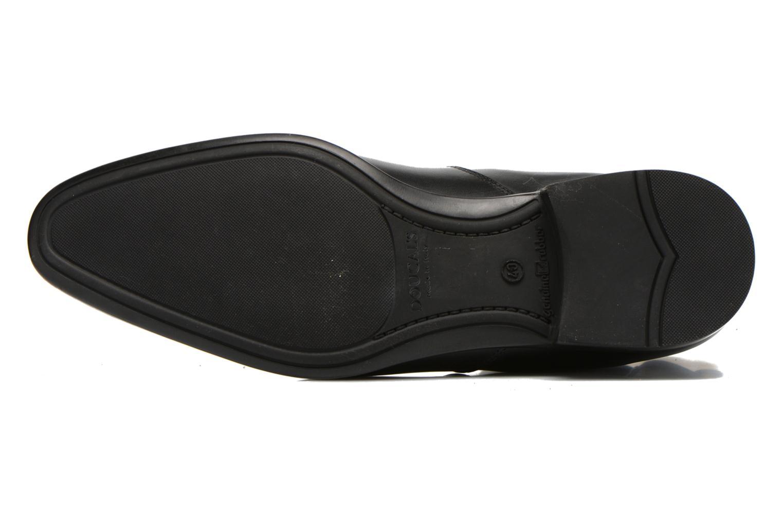 Boots Doucal's OMAR Svart bild från ovan
