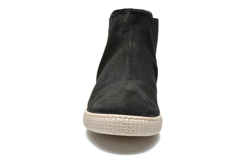 Ankle boots Victoria Chelsea Serraje Piel Metaliz Black model view