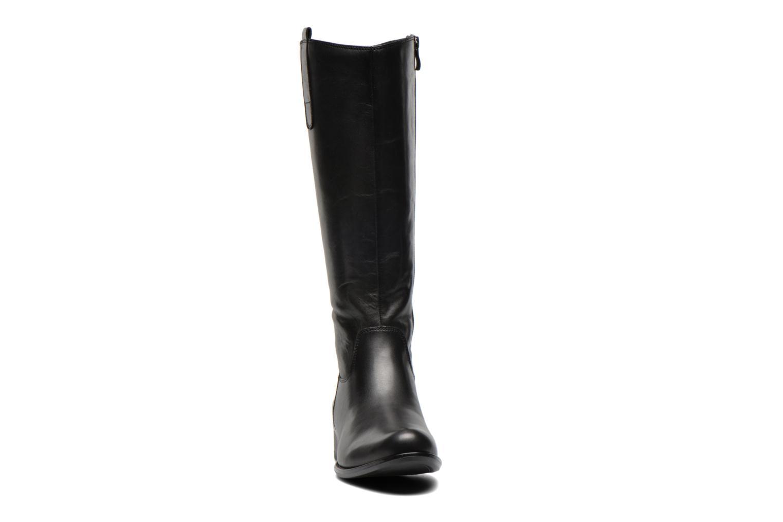 Bottes Caprice Brina Noir vue portées chaussures