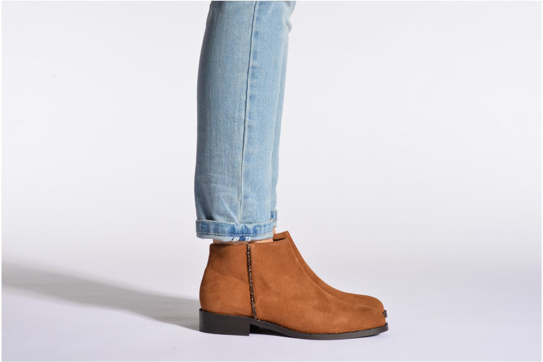 Stiefeletten & Boots COSMOPARIS Vonella braun ansicht von unten / tasche getragen