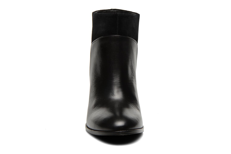 Bottines et boots COSMOPARIS Valaya/bi Noir vue portées chaussures