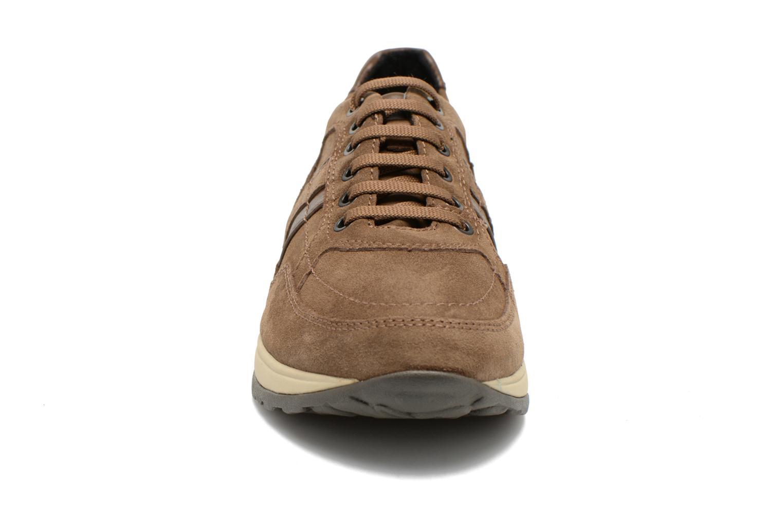 Baskets Stonefly Stone I Marron vue portées chaussures