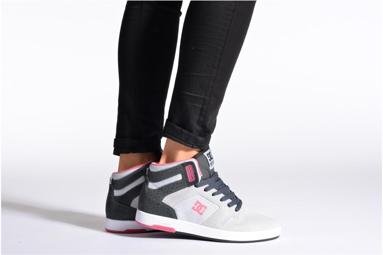 Baskets DC Shoes Nyjah High SE W Gris vue bas / vue portée sac