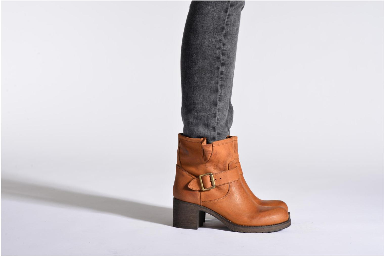Bottines et boots Georgia Rose Malix Marron vue bas / vue portée sac