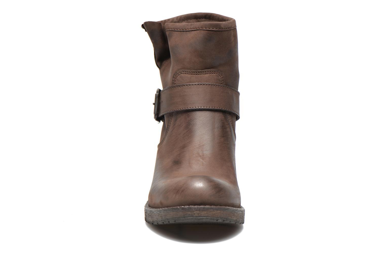 Bottines et boots Georgia Rose Malix Marron vue portées chaussures