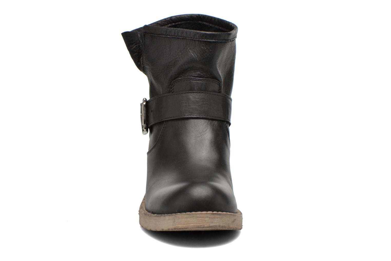 Bottines et boots Georgia Rose Malix Noir vue portées chaussures