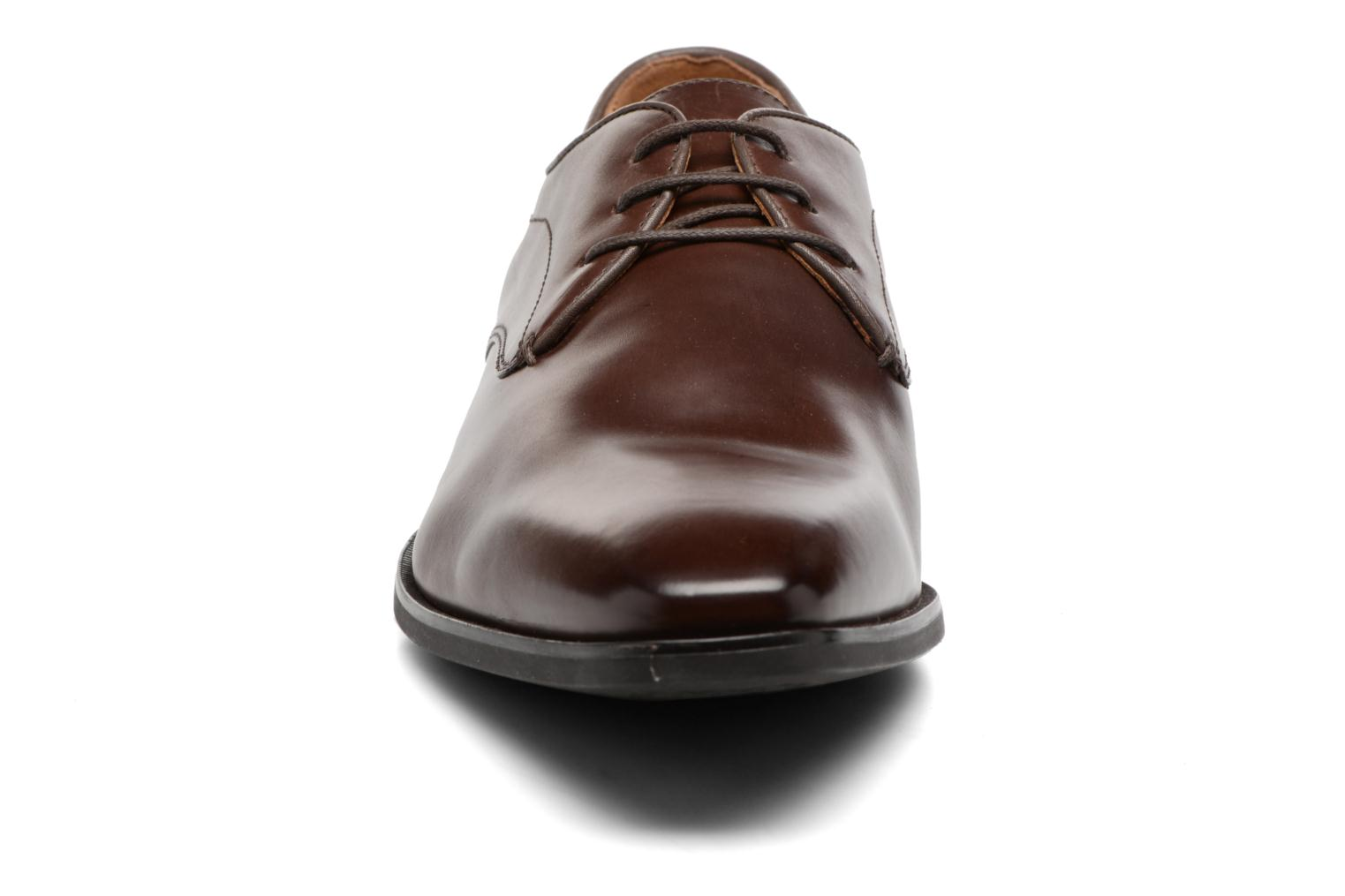 Lace-up shoes Geox U NEW LIFE A U54P4A Brown model view