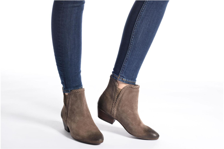 Bottines et boots Kickers Westiti Marron vue bas / vue portée sac
