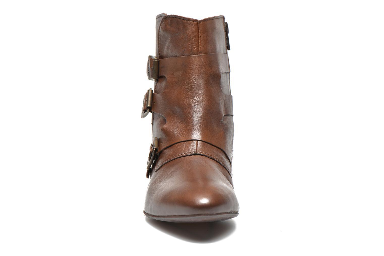 Bottines et boots Kickers Westside Marron vue portées chaussures