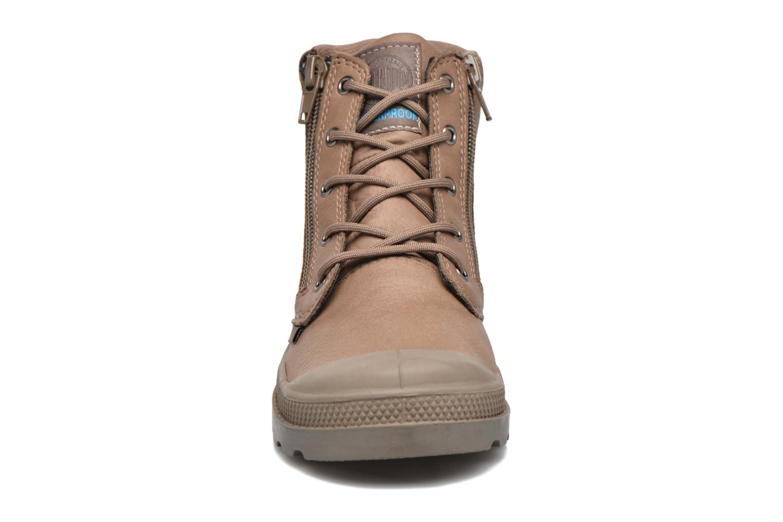 Bottines et boots Palladium Hi Cuff Wp K Marron vue portées chaussures