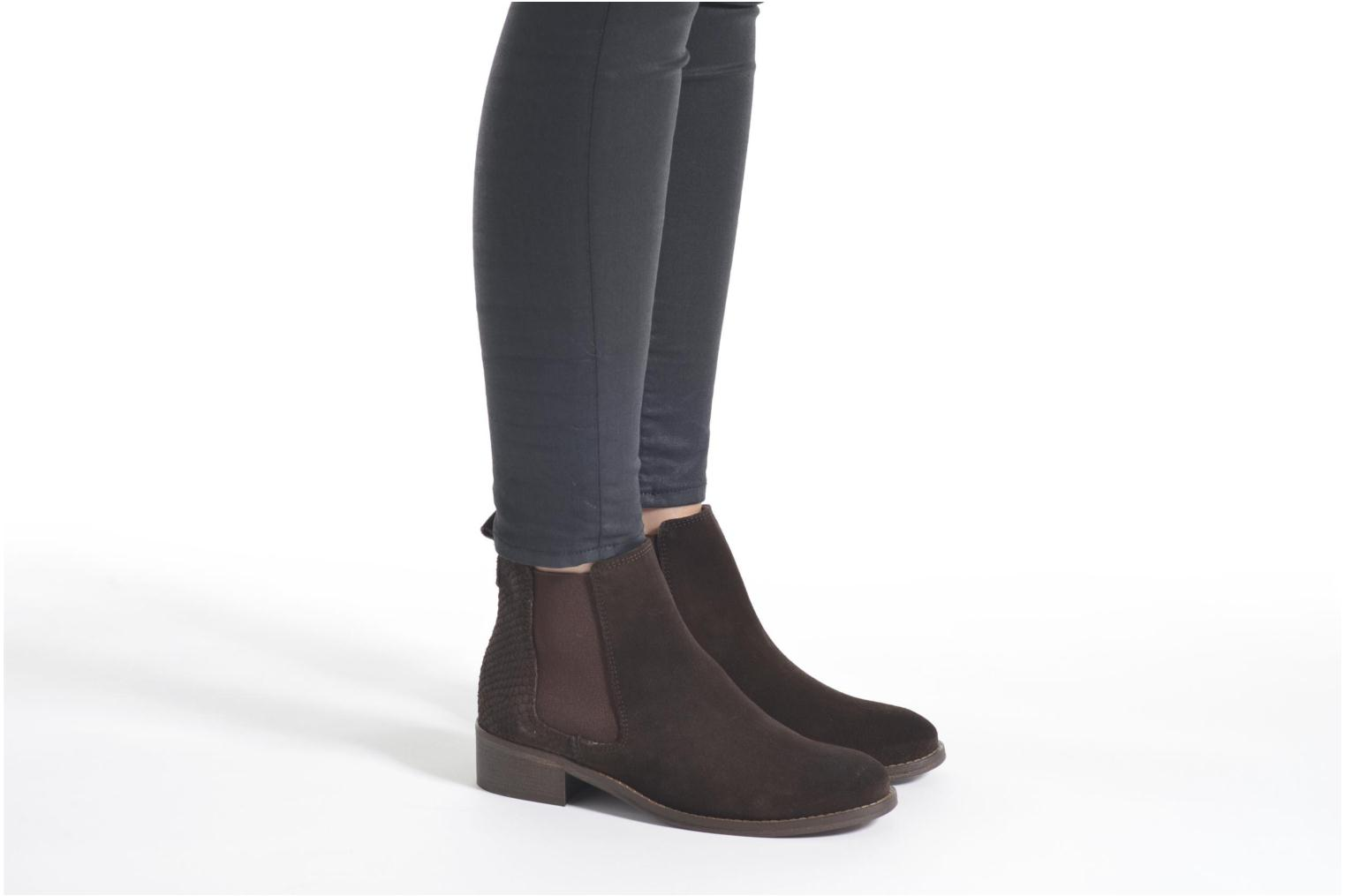 Ankle boots Bensimon Boots Elastiques Brown view from underneath / model view