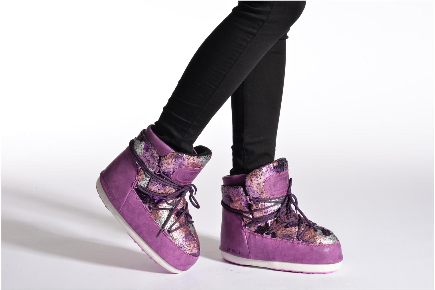 Ankle boots Moon Boot Buzz Paillettes Pink view from underneath / model view
