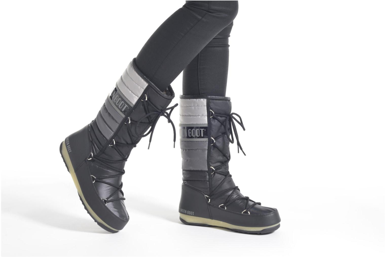 Ankle boots Moon Boot We Quilted Black view from underneath / model view