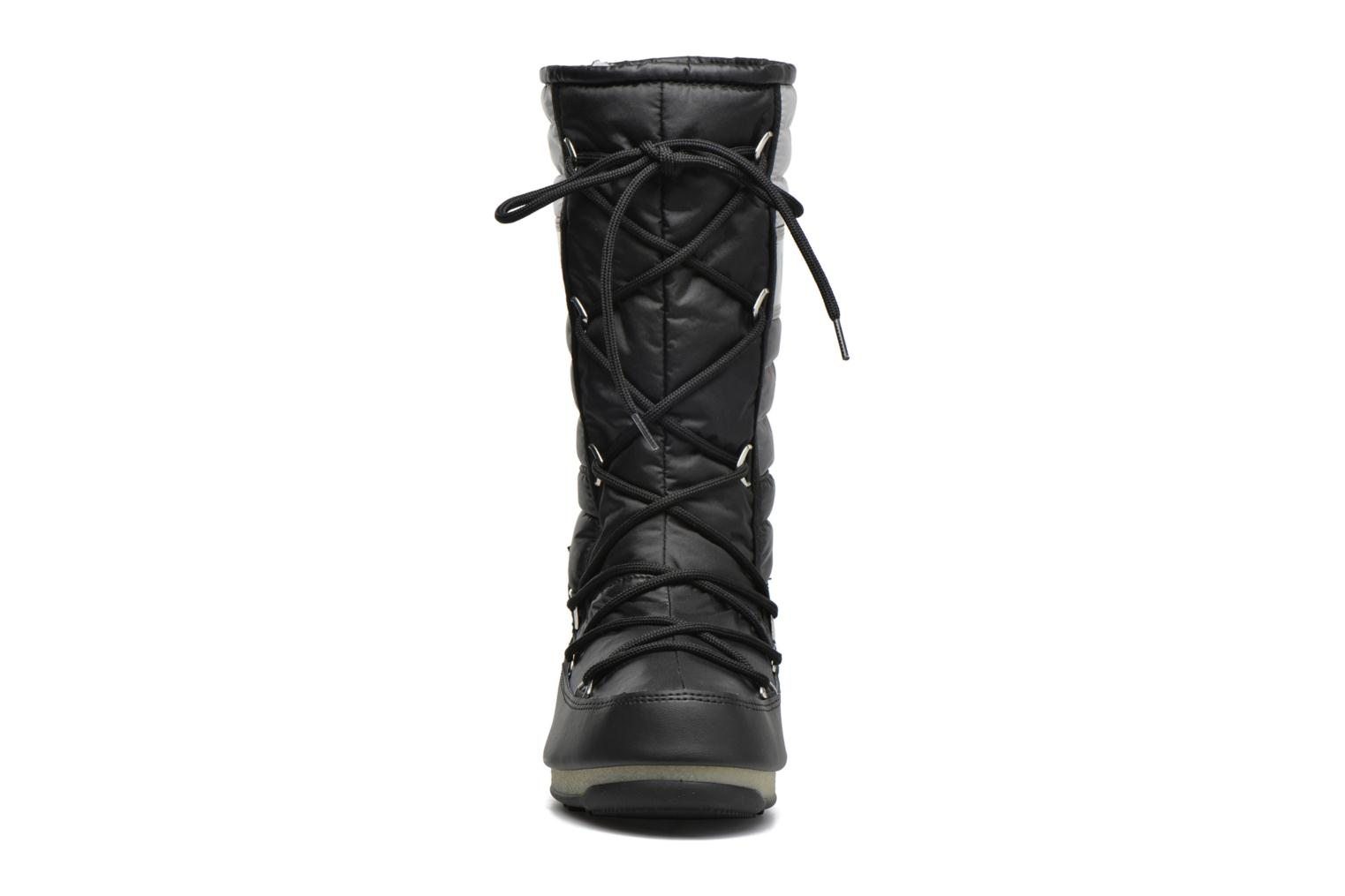 Ankle boots Moon Boot We Quilted Black model view