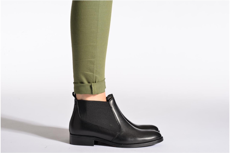 Stiefeletten & Boots Eden ALANIS schwarz ansicht von unten / tasche getragen