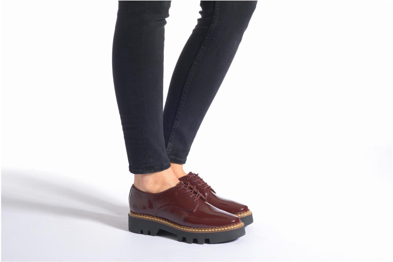 Chaussures à lacets Aldo CLAYBOURNE Bordeaux vue bas / vue portée sac