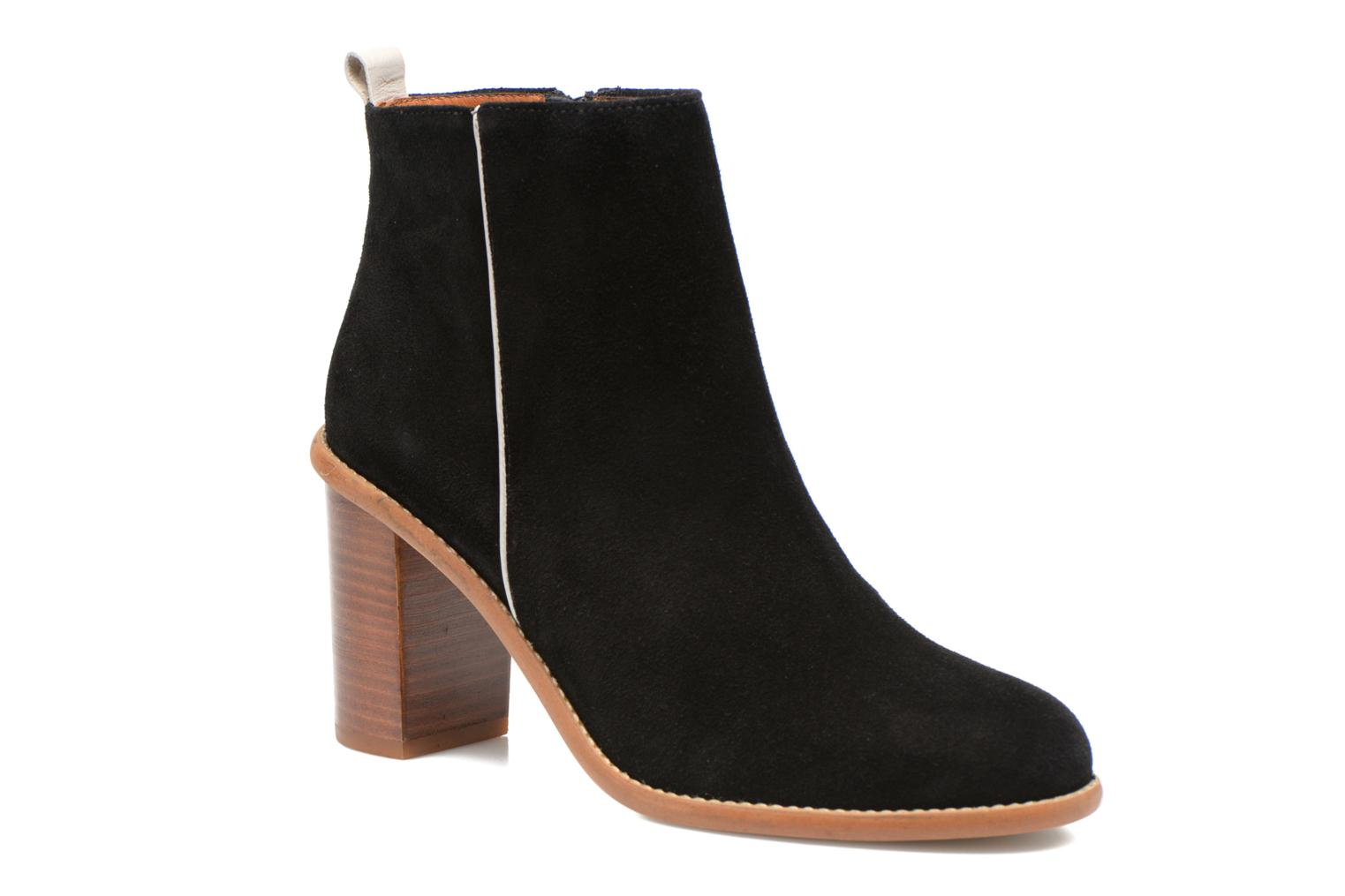 Ankle boots Made by SARENZA Western Fever #5 Black view from the right