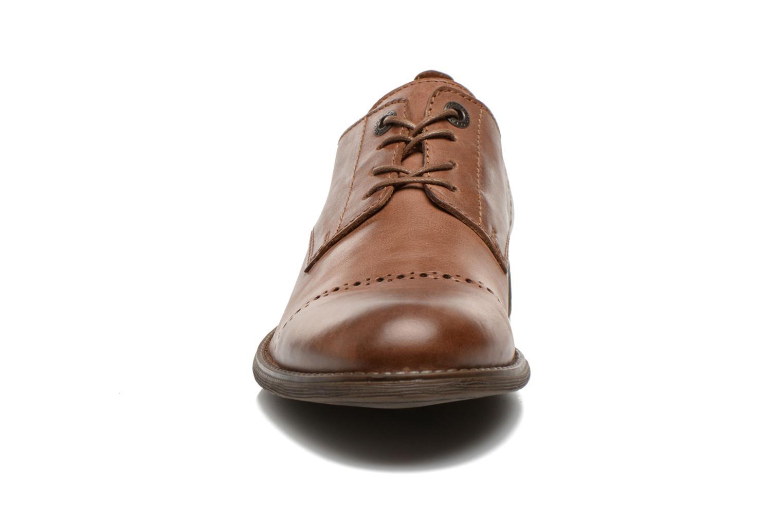 Schnürschuhe Kickers MARLO braun schuhe getragen