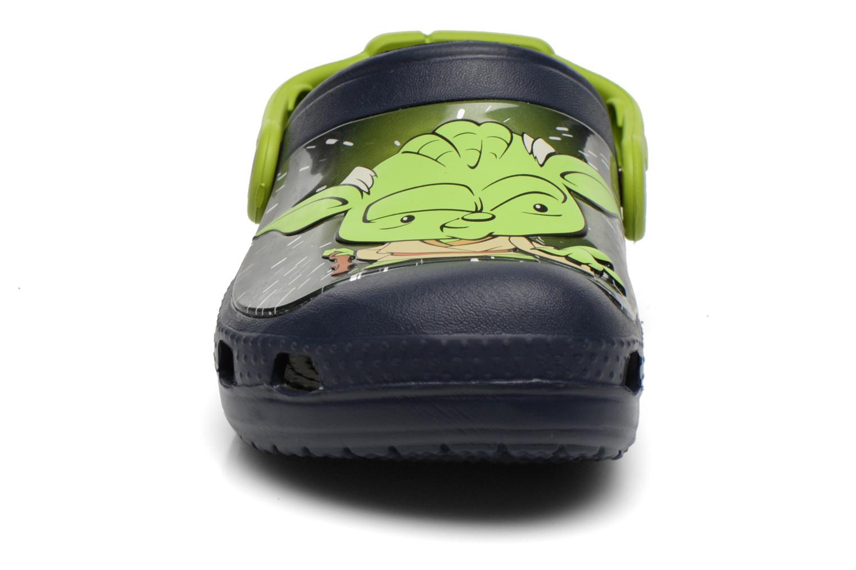 Sandalias Crocs CC Star Wars Yoda Clog Azul vista del modelo