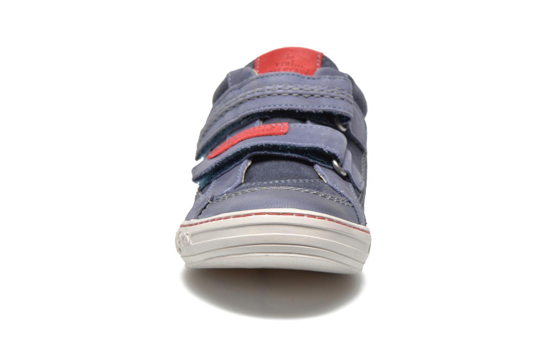 Zapatos con velcro Kickers JIUKID Azul vista del modelo