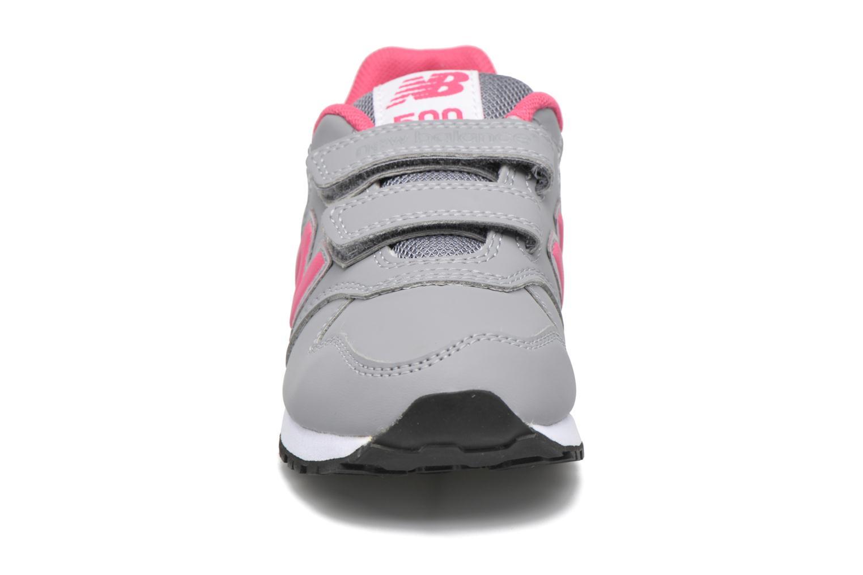 Baskets New Balance KV500 Gris vue portées chaussures