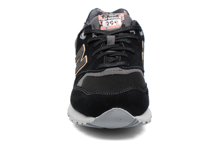 Baskets New Balance WL999 Noir vue portées chaussures