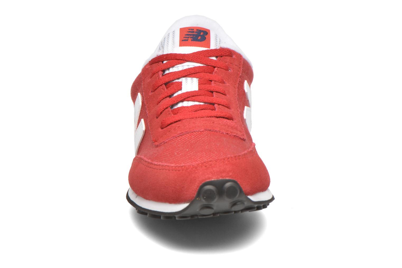 Baskets New Balance WL410 Rouge vue portées chaussures