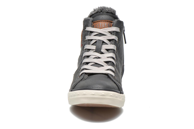 Sneakers Mustang shoes Dana Grijs model