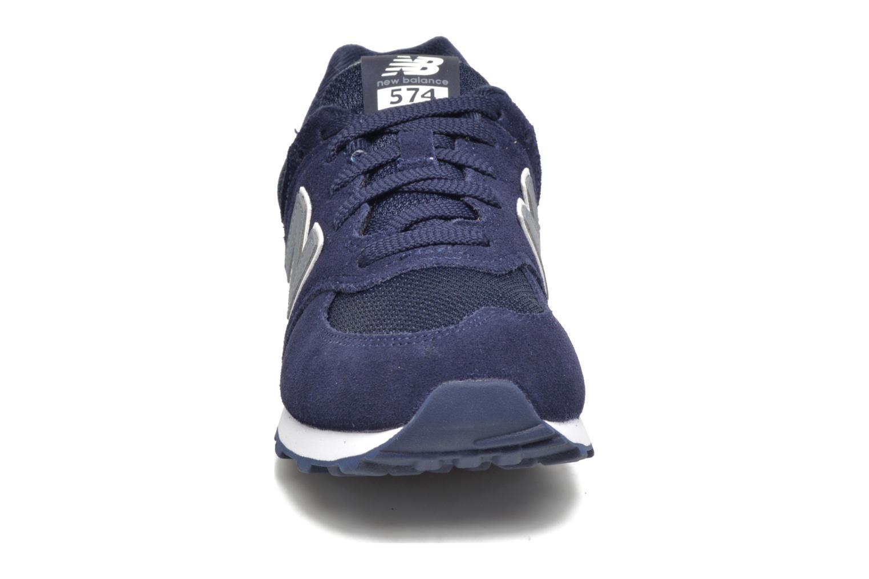 Baskets New Balance KL574 J Bleu vue portées chaussures