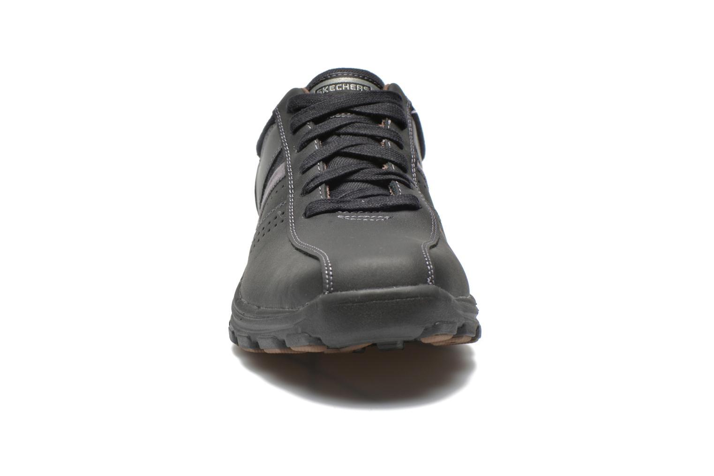 Sneaker Skechers Braver Alfano 64529 schwarz schuhe getragen
