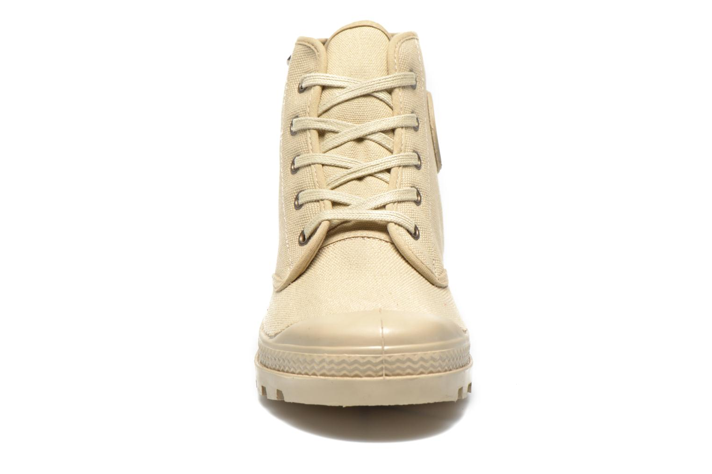 Boots Aigle Arizona Beige bild av skorna på