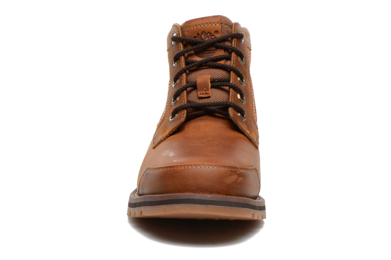 Boots Timberland Larchmont Chukka Brun bild av skorna på