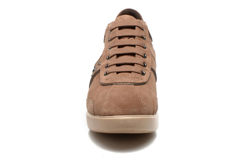 Sneaker Geox D Stardust B D4430B braun schuhe getragen