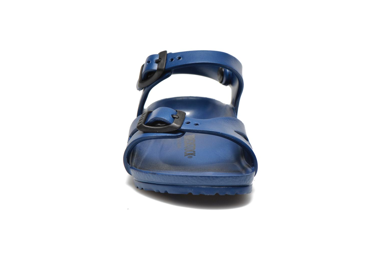 Sandales et nu-pieds Birkenstock Rio EVA Bleu vue portées chaussures