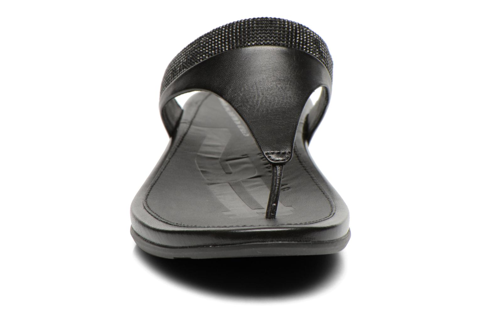 Tongs FitFlop Banda Micro Crystal Noir vue portées chaussures
