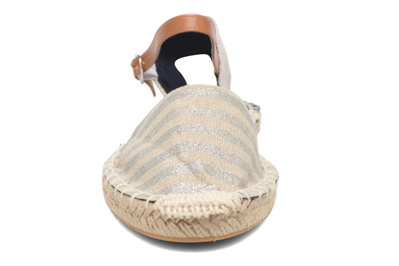 Sandali e scarpe aperte I Love Shoes Supik Argento modello indossato