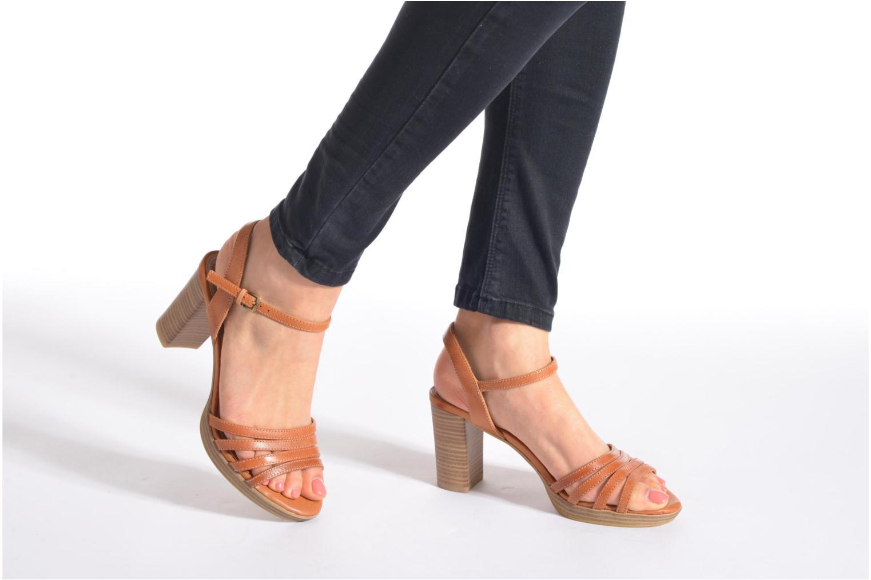 Sandales et nu-pieds S.Oliver Elsata Marron vue bas / vue portée sac