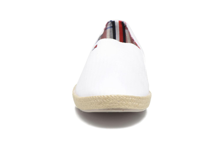 Espadrilles Tommy Hilfiger Granada 2D_1 Blanc vue portées chaussures