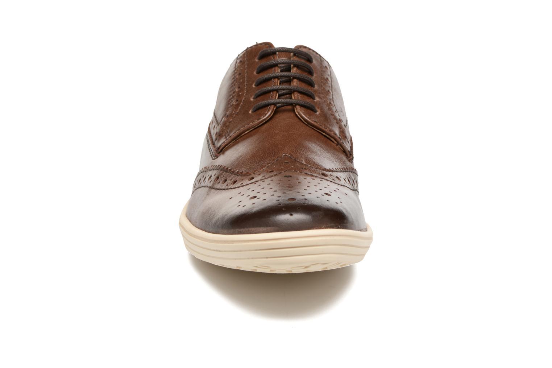 Chaussures à lacets Base London Gig Perform Marron vue portées chaussures