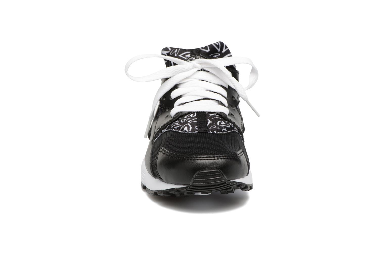 Trainers Nike Nike Huarache Run Print (Gs) Black model view