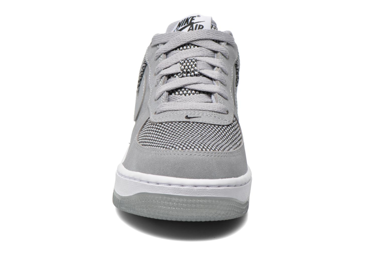 Baskets Nike Air Force 1 Premium (Gs) Gris vue portées chaussures