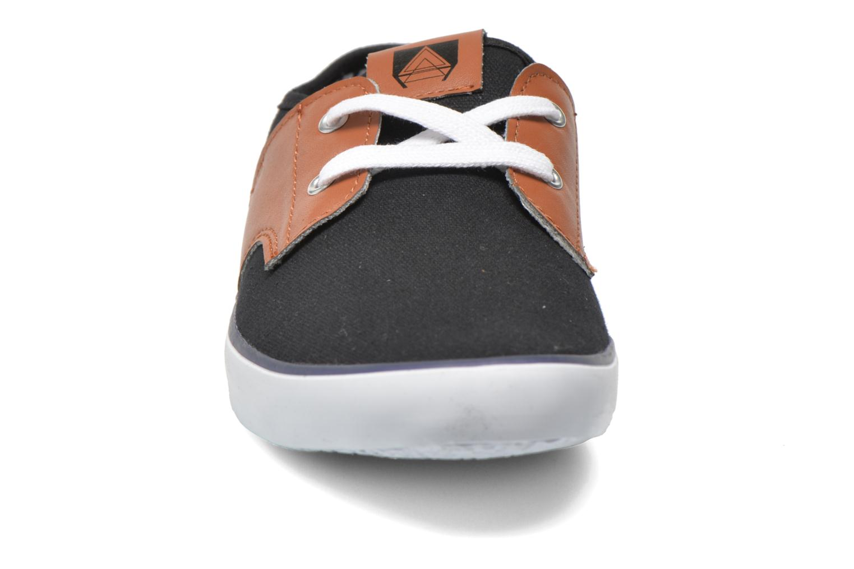 Sneakers I Love Shoes Bavol Nero modello indossato