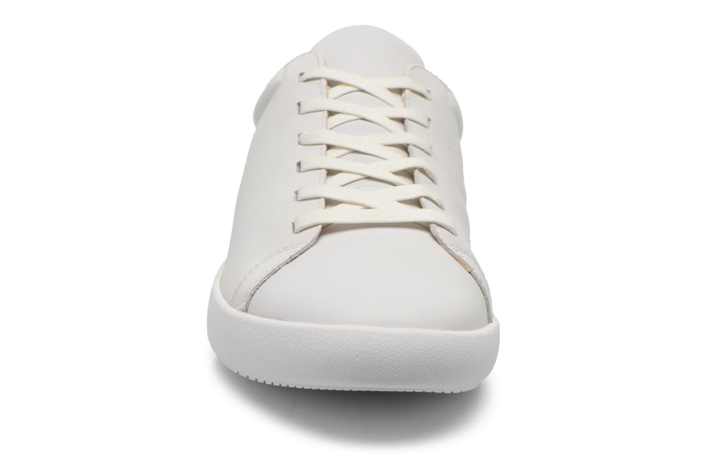 Baskets Vagabond Shoemakers VINCE 4179-101 Blanc vue portées chaussures
