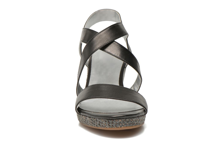 Sandals JB MARTIN Quetza Black model view