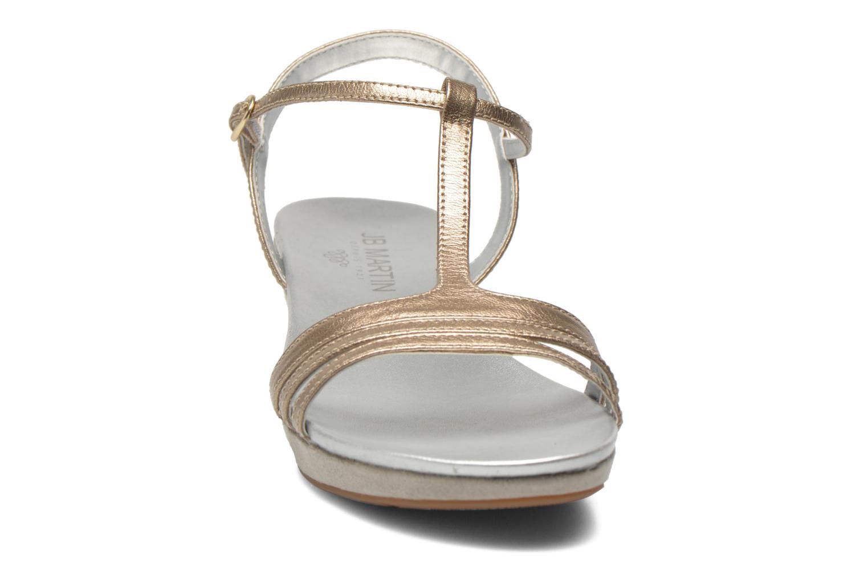 Sandali e scarpe aperte JB MARTIN Benji Oro e bronzo modello indossato