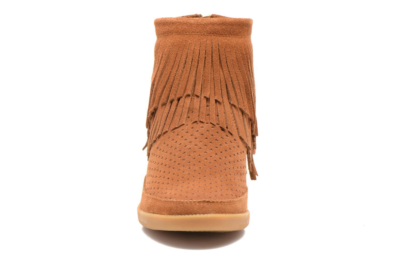 Bottines et boots Shoe the bear Emmy Fringes Marron vue portées chaussures