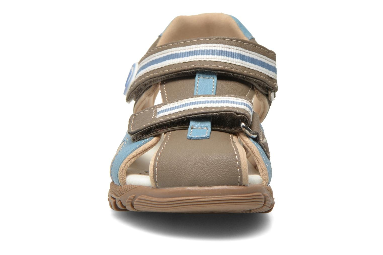 Sandali e scarpe aperte Chicco Cucciolo Grigio modello indossato